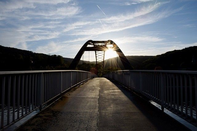 Bridges for the Regions: project costs exceed budget