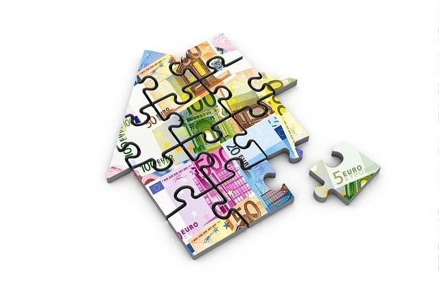 Puzzle pieniadze