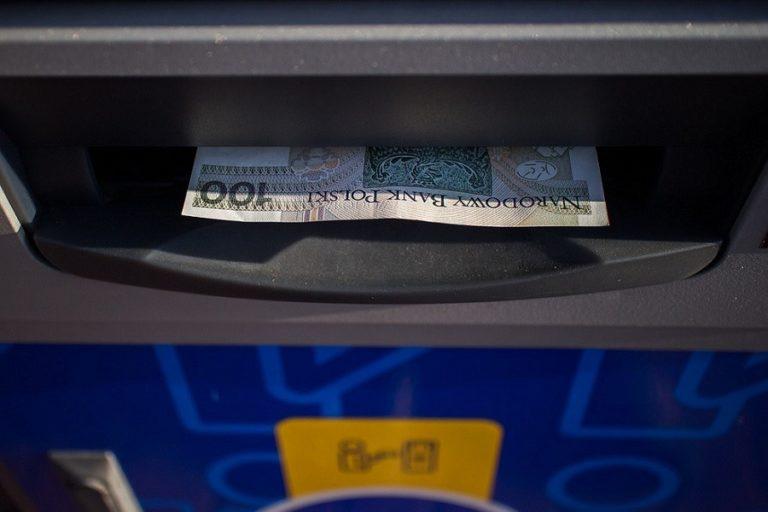 Bankomaty i paczkomaty bez pozwolenia na budowę