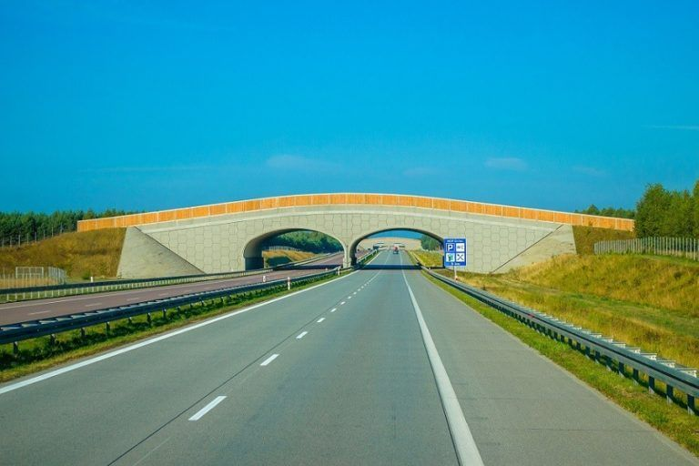 More than 4,000 km of expressways and motorways in Poland