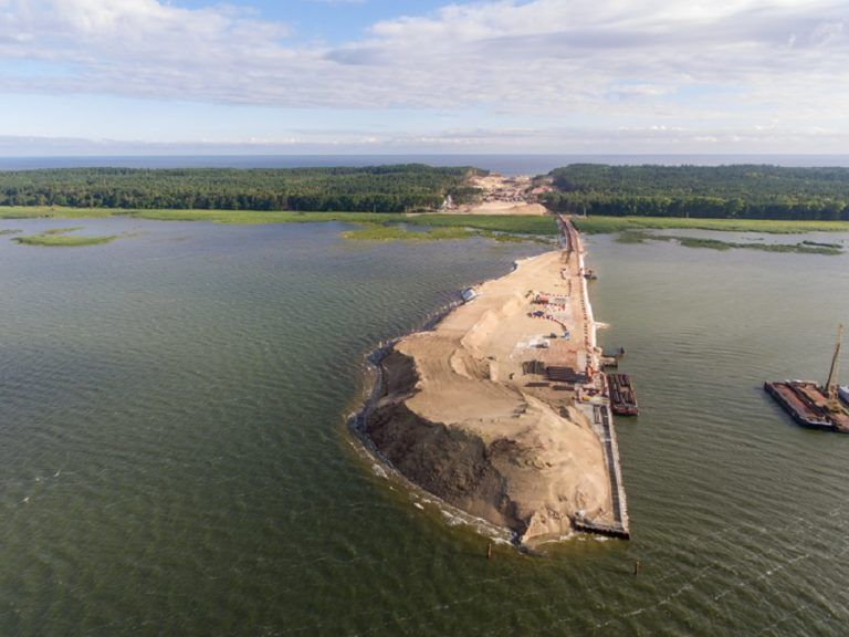 Digging through the Vistula Spit will be more expensive