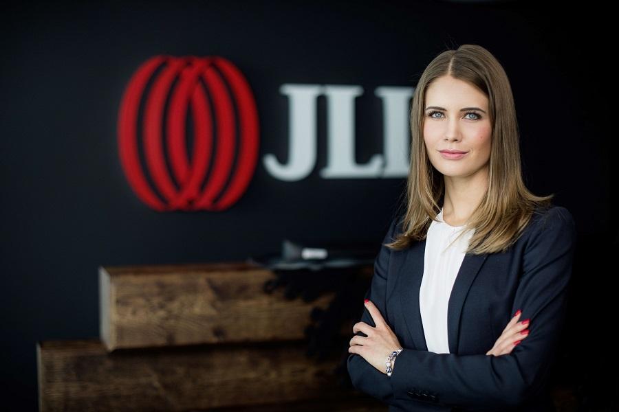Joanna Kieszczyńska JLL