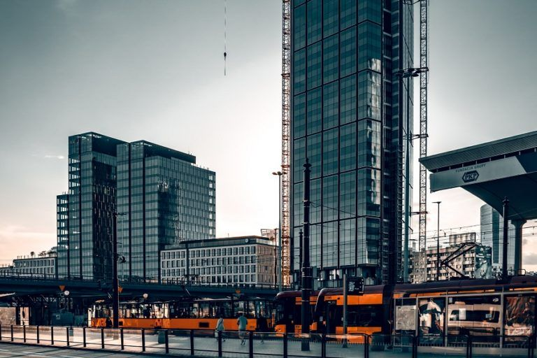 EUR 1.25 billion was invested in Polish real estate. Capital flowed mainly from Europe in offices